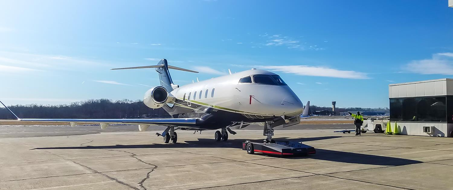 TowFLEXX TF5 is used with Bombardier Challenger Jet